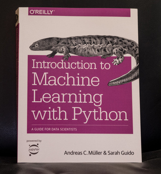 Buchcover Introduction to Machine Learning with Python